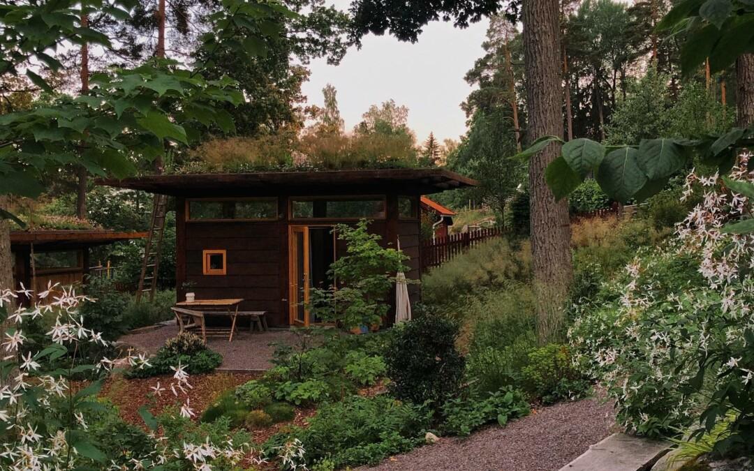 Det lilla gästhuset i min trädgård i Kummelnäs